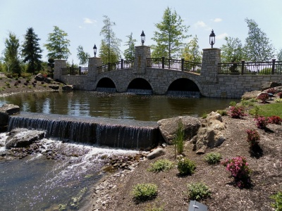 bridge_with_water_feature-2_400