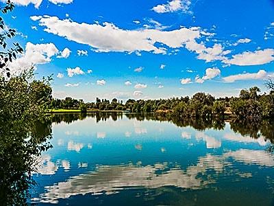 Blue Skies over the lake at Eagle Island State Park in Eagle Idaho